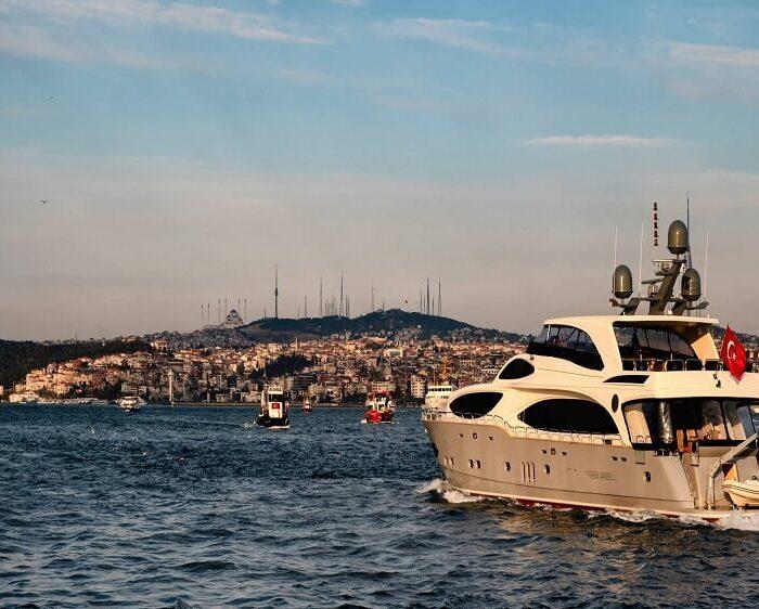 bosphorus-private-cruise-boat