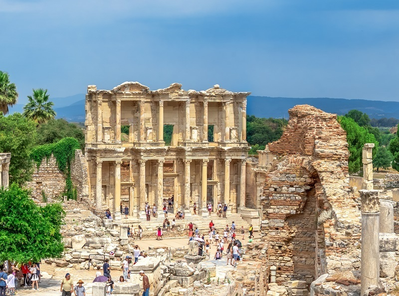 luxury istanbul ephesus and pamukkale tour package