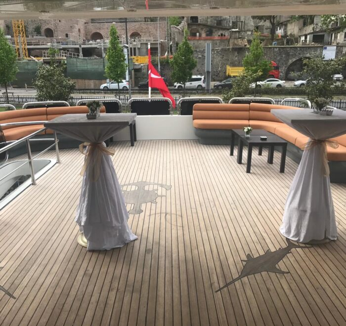 private yacht tour in istanbul